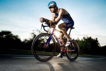 sportsrec_signoff_fitness_tracker_activity_tracker